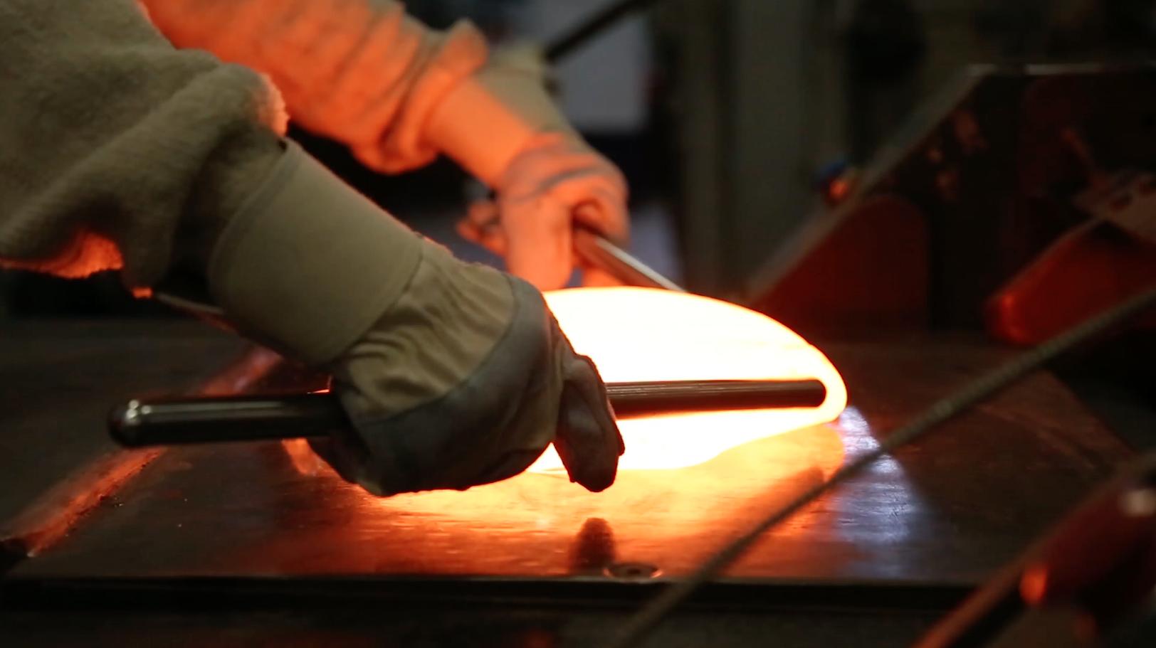 Uroboros Glass Mixing